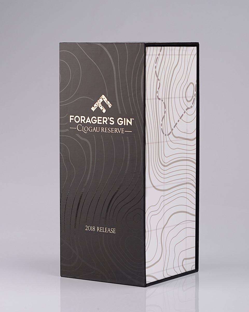 Progress Packaging Gin Alcohol Bespoke Luxury Special Occasion Royal Commemorative Foragers Creative