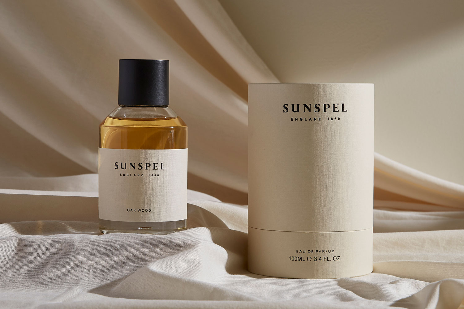 Progress Packaging Sunspel Beauty Fragrancebottle Glass Retail Luxury Carton Gift Branded Bespoke Creative Black Foill Manufacture Production 01