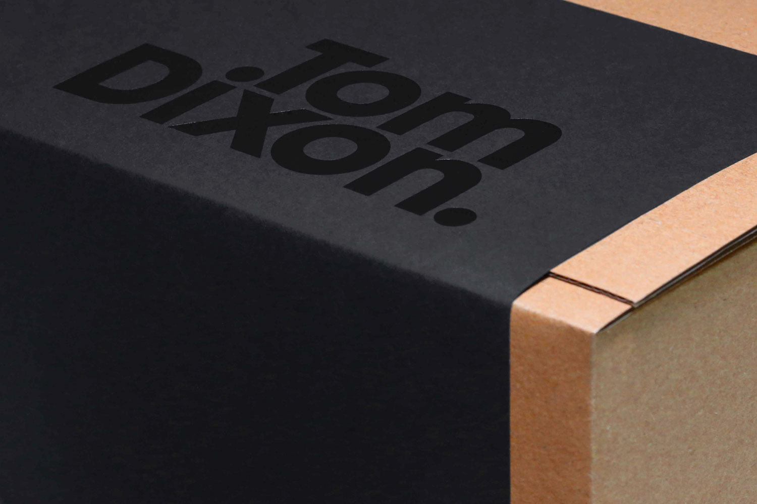 Progress Packaging Tom Dixon Environmentally Friendly Luxury Bespoke Retail Pcw Recyclable Corrugate Mailing Boxes Range Sticker E Commerce Tear Strip 03