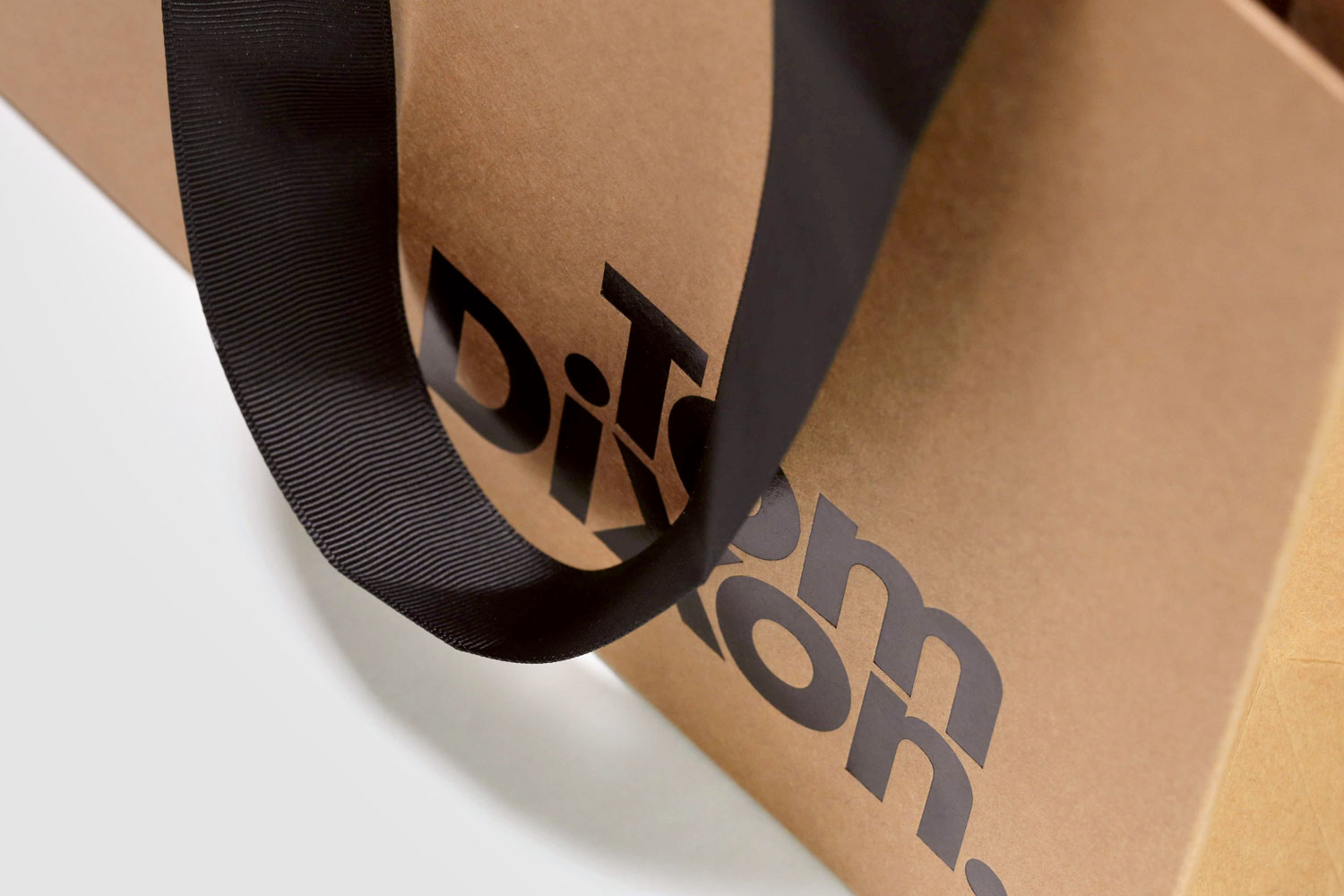Progress Packaging Tom Dixon Environmentally Friendly Luxury Bespoke Retail Pcw Recyclable Kraft Carrier Bags Paper Ribbon Black Foil 02